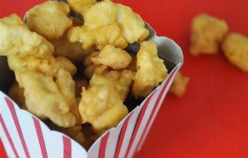 Gà popcorn chiên giòn