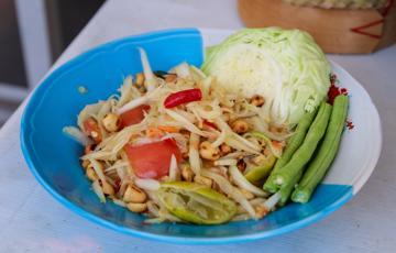 Gỏi đu đủ Thái Lan Som Tum
