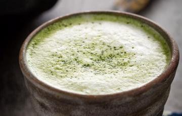 Latte trà xanh đêm giáng sinh