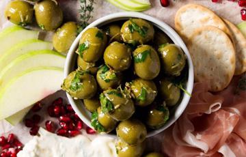 Olive trộn cay