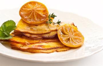 Pancake sốt caramel chanh