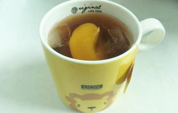 Pha trà đào tươi đường phèn
