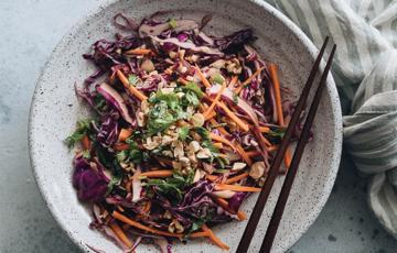 Salad bắp cải tím kiểu Hoa