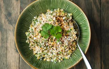 Salad bắp nướng kiểu Mexico
