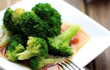 Salad bông cải dầu hào