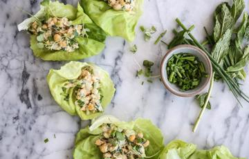 Salad đậu gà sốt mayonnaise