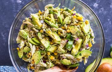 Salad gà bơ