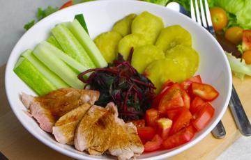Salad thịt heo rau củ