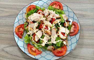 Salad ức gà nướng - Japanese style