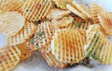 Snack khoai tây chips