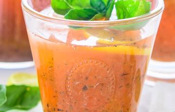 Soda dâu tây chanh húng quế