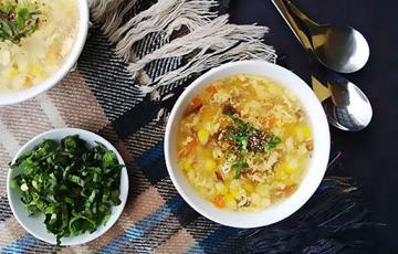 Soup trứng nấu bắp
