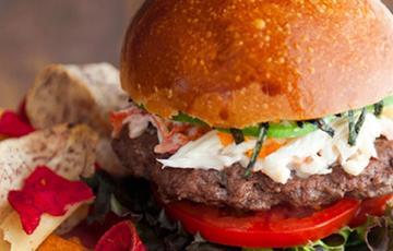Thịt bò hamburger kiểu Nhật