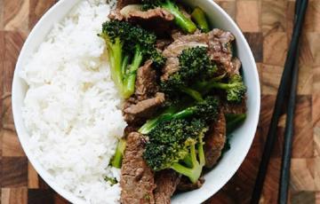 Thịt bò xào bông cải xanh bổ dưỡng
