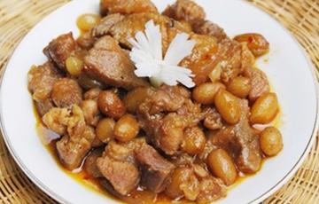 Thịt heo kho đậu phộng