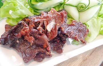 Thịt heo khô ngọt kiểu Thái