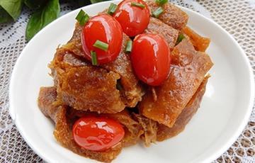 Thịt heo om cà chua