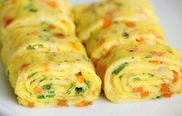 Trứng cuộn ngũ sắc
