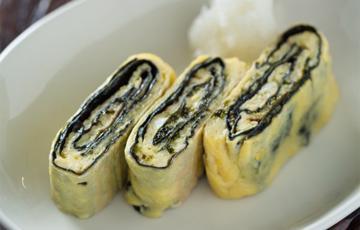 Trứng cuộn rong biển chiên kiểu Nhật