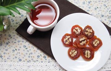 Hồng khô cuộn hạnh nhân kiểu Hàn Quốc