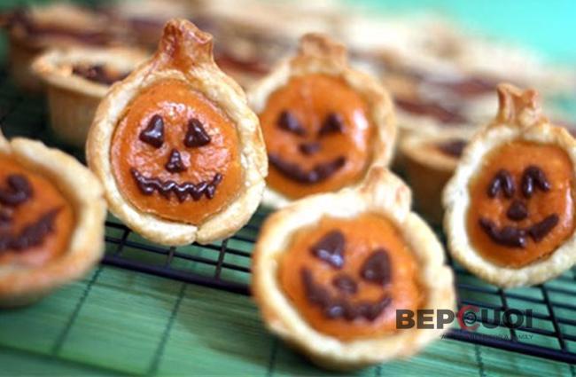 Bánh bí đỏ cho Halloween