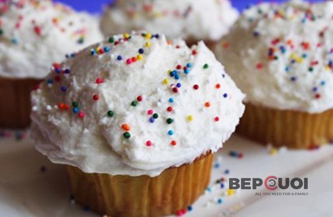 Bánh cupcake kem vani