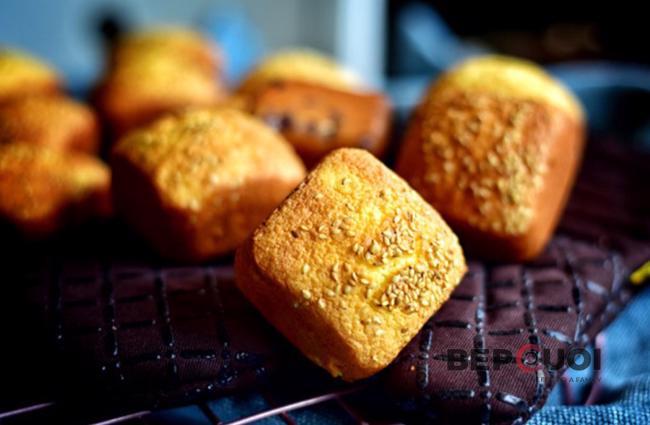 Bánh đậu đỏ nướng giòn béo