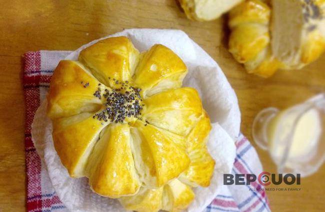 Bánh mì hình bông hoa
