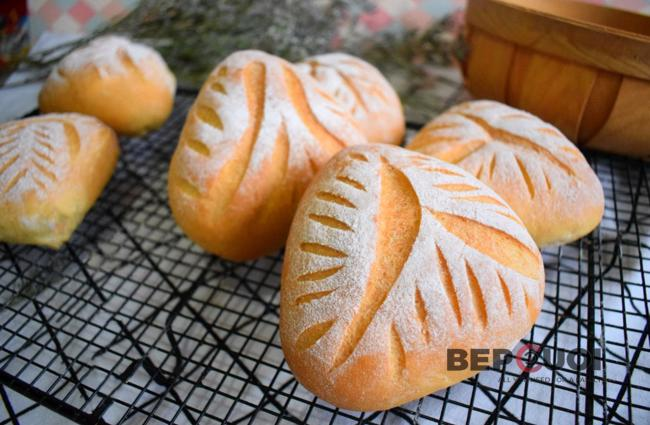 Bánh mì nướng kiểu Âu