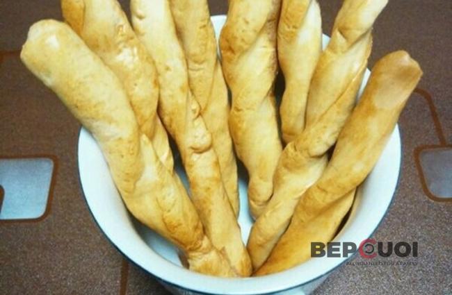 Bánh mì que thơm phức