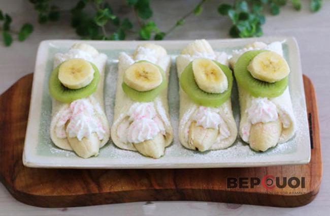 Bánh sandwich cuộn chuối