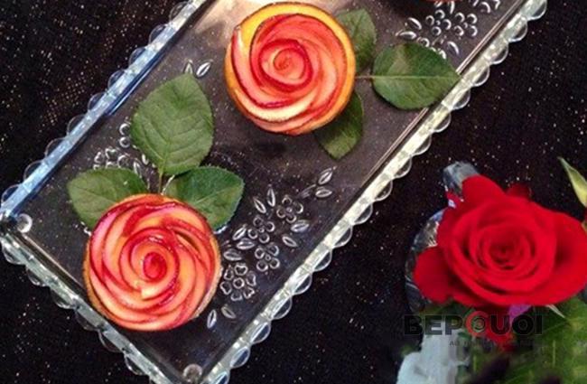 Bánh tart táo hoa hồng