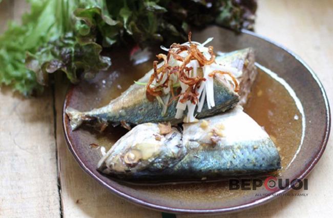 Cá nục kho tỏi ớt