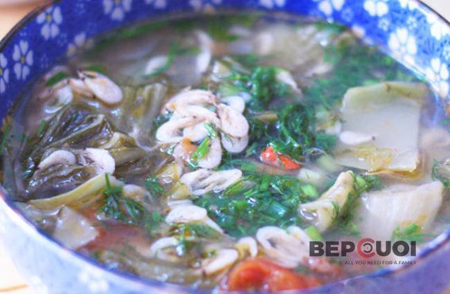 Canh cải chua nấu tép