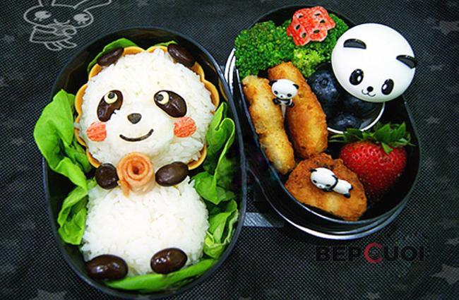 Cơm nắm hình gấu trúc Panda