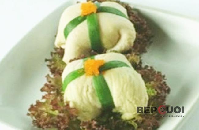 Gà cuộn trứng cá hồi thanh cua