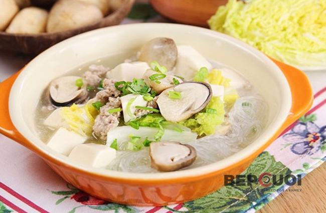 Miến nấu thịt nấm rơm
