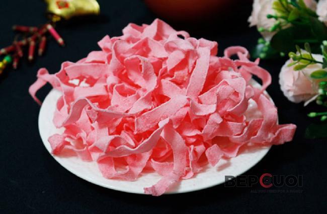Mứt dừa màu hồng