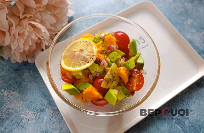 Salad cà chua xoài bơ
