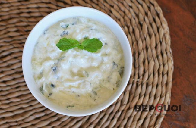Salad sữa chua trộn dưa leo
