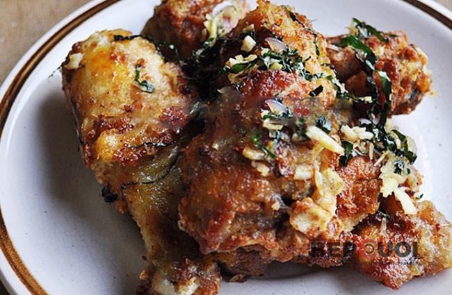 Thịt gà rang lá lốt