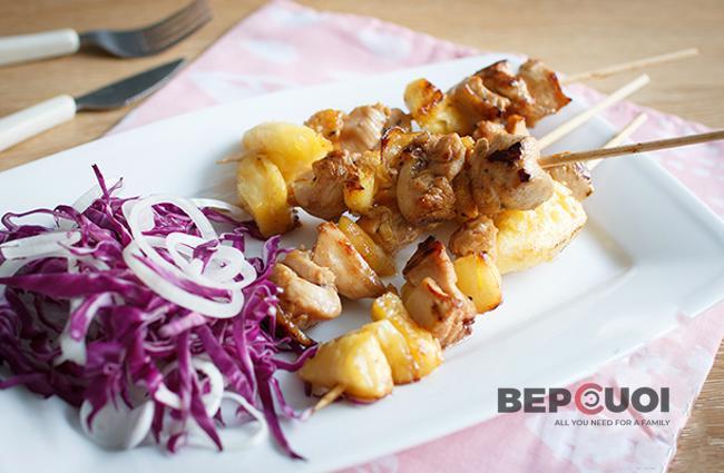 Thịt gà xiên nướng Teriyaki