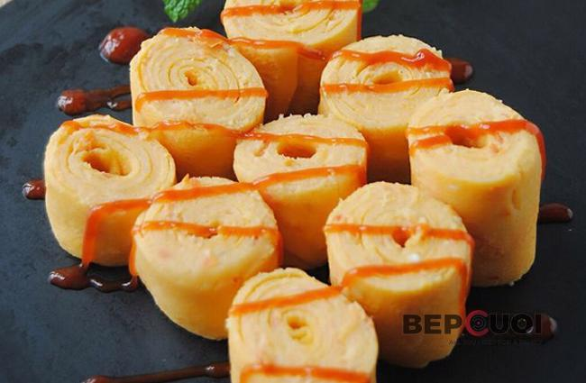 Trứng cuộn cà chua