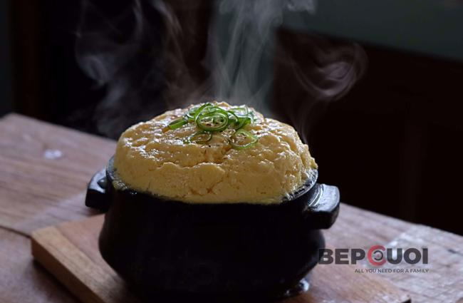 Trứng hấp bồng bềnh kiểu Hàn