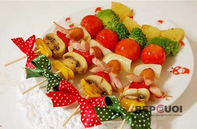 Xiên nướng sắc màu ngày Giáng sinh