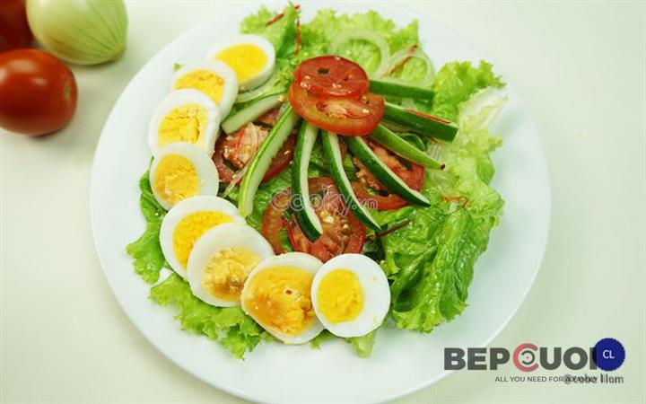 20 phút có ngay món salad rau củ trộn trứng Bếp Cười 6